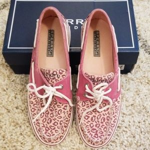 Sperry Topsiders Biscayne Raspberry 6.5